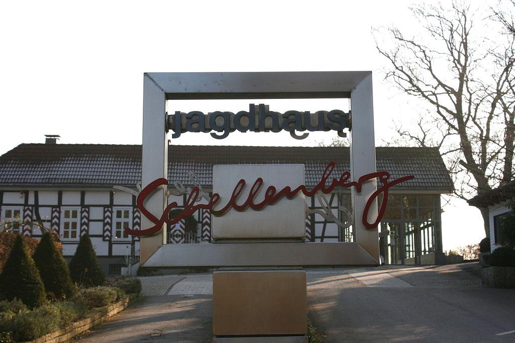 Essen - Heisinger Straße - Jagdhaus Schellenberg 02 ies