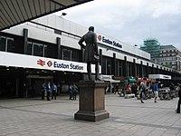 Euston Station London - geograph.org.uk - 1309275.jpg