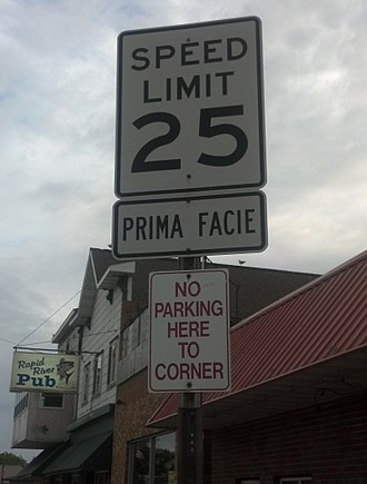Prima facie - Example of a prima facie speed limit posted in Rapid River, Michigan (United States)