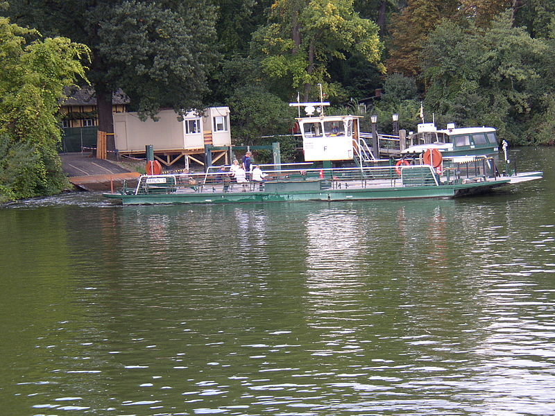 File:Fähre Pfaueninsel 01.JPG