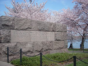 Franklin Delano Roosevelt Memorial - Image: FDR Memorial and Cherry Trees