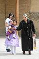 Famille boukhariote durant Navrouz (Boukhara, Ouzbékistan) (5676926116).jpg