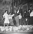Feestprogramma in Tuschinsky ter gelegenheid van veertigjarig bestaan. Scene uit, Bestanddeelnr 913-1054.jpg