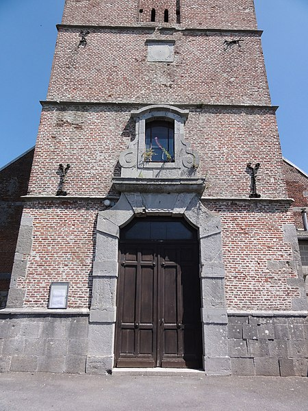Felleries (Nord, Fr) église, entrée