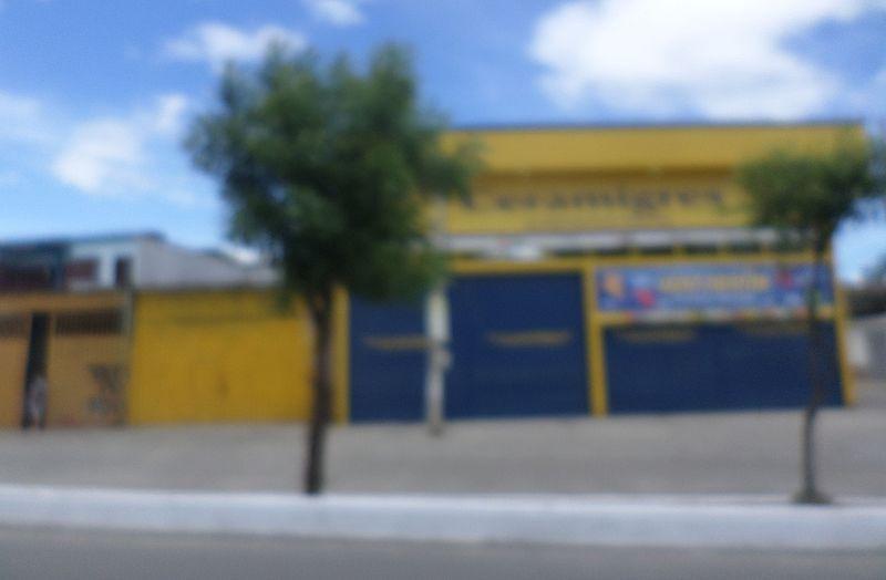 File:Ferretería en Cúcuta, Col.JPG