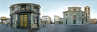 Piazza del Duomo, Florence - 360° view between Baptisterium and Cathedral