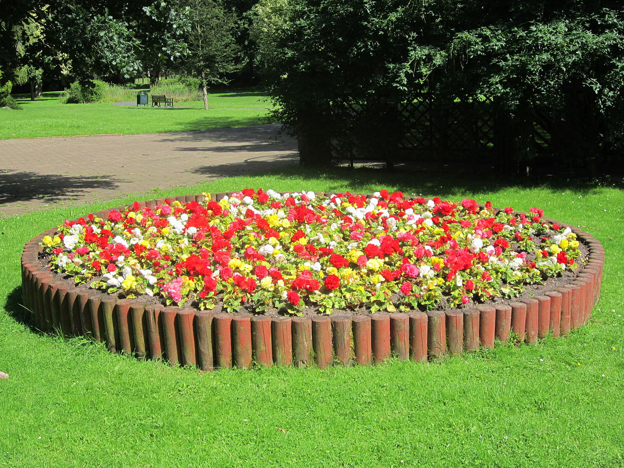 File:Flowerbed at St Chad's Gardens, Kirkby.JPG ...