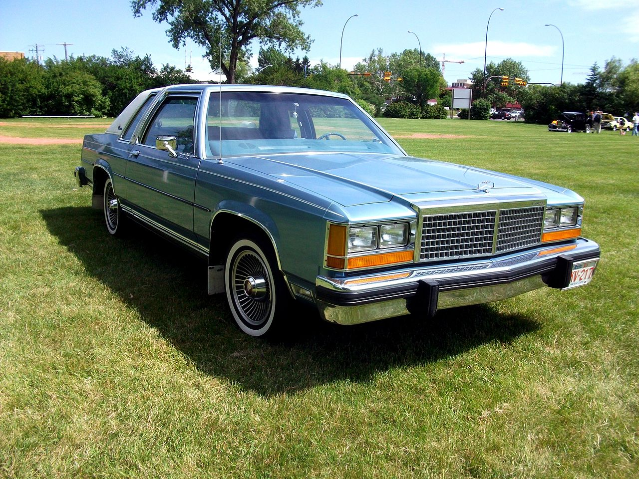 1977 plymouth voyager with File Fordcrownvictoria2door on 1972 Plymouth Fury besides 1975 Plymouth Volare besides 1969 Plymouth Road Runner Overview C9354 in addition Junkyard Find 1993 Dodge Dynasty likewise 1977 Corvette Tracer Schematic.