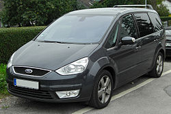 Ford Galaxy II front 20100815.jpg