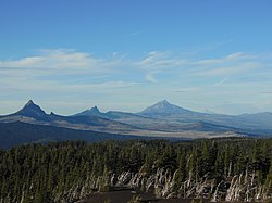 Four Cascade volcanoes, Oregon.JPG