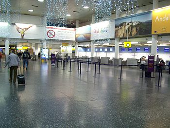 English: Gatwick South Terminal Zone K check-i...