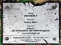 Gedenktafel Ansbacher Str 17 (Schön) Buddy Bär Endobär II.jpg