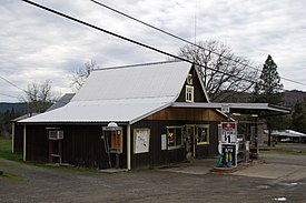 General Store in Days Creek, Oregon.jpg
