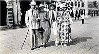 Gerald Murphy, Genevieve Carpenter, Cole Porter and Sara Murphy in Venice, 1923.jpg