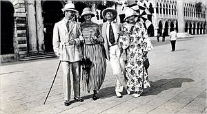 Gerald and Sara Murphy - Gerald Murphy, Genevieve Carpenter, Cole Porter and Sara Murphy in Venice, 1923