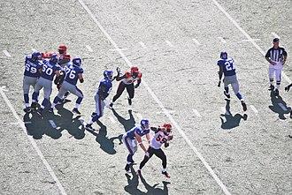 2008 New York Giants season - Image: Giants on offense vs Bengals 2008 09 21