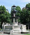 Glaspalastbrunnen am Weissenburgerplatz Muenchen-3.jpg