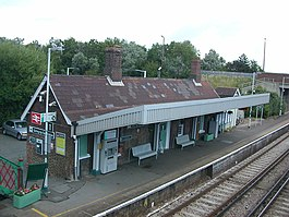 Goring-by-Sea Station 09 (07-07-2007).JPG