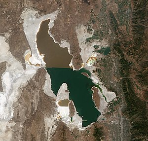 Great Salt Lake by Sentinel-2.jpg