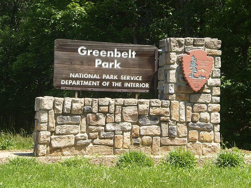 File:Greenbelt Park, Greenbelt, Maryland 001.JPG