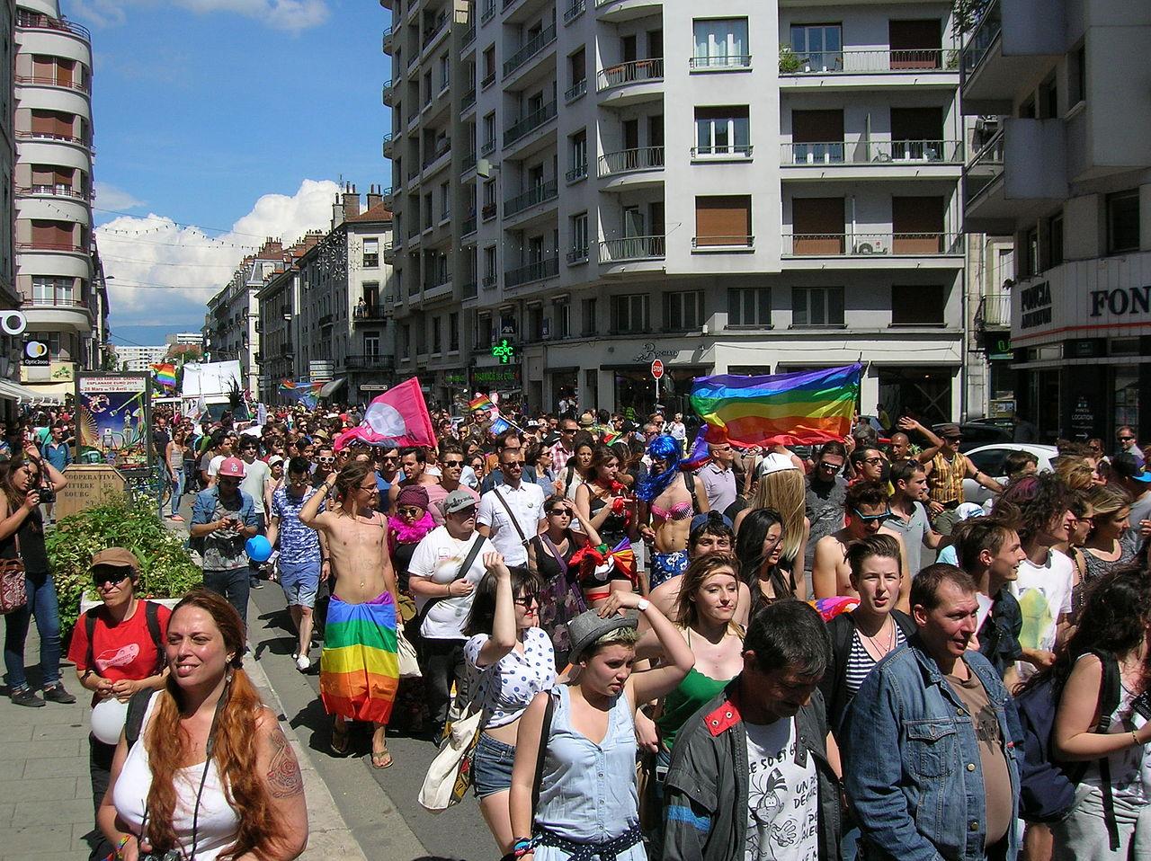 gay grenoble rencontre à Paris