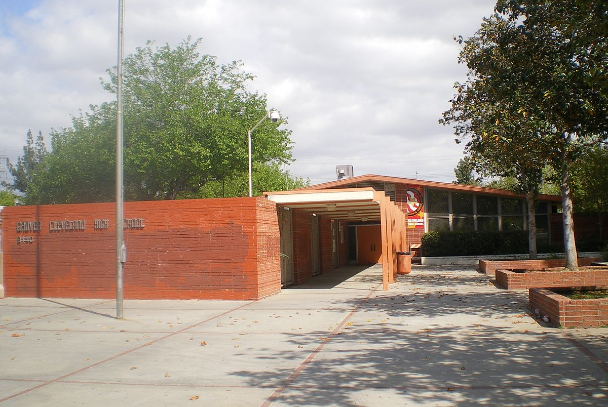 d09a537d32ce Cleveland High School (Los Angeles) - Wikipedia