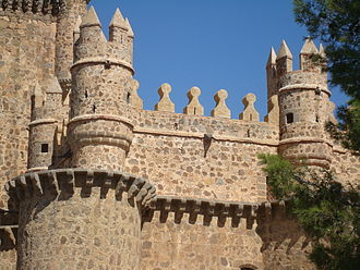 Guadamur - Detail of the towers of the castle