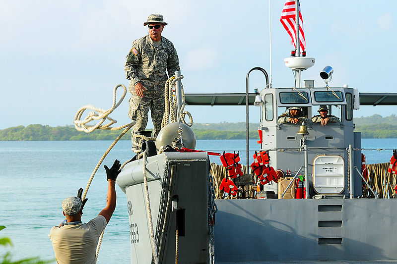 File:Guardsmen begin work at Mosquito Bay, Vieques 140120-A-SM948-902.jpg
