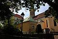 Gumpoldskirchen-Kirchenplatz 6156.JPG