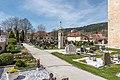 Gurk Domplatz 1 Friedhof Lichtsäule OSO-Ansicht 22042019 6661.jpg