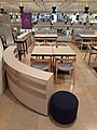HK 金鐘 Admiralty 金鐘道 Queensway 太古廣場 Pacific Place mall restaurant tables and chairs May 2020 SS2 06.jpg