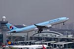 HL7584 - Korean Air Lines - Airbus A330-323 - ICN (17155399160).jpg