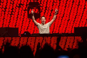Hardwell - Hardwell at Summer Sound Festival 2012