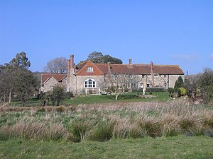 Grade II* listed buildings on the Isle of Wight - Image: Haseley Manor geograph.org.uk 399747