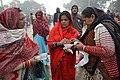 Hindu Devotees Preparing For Ganga Puja - Makar Sankranti Observance - Baje Kadamtala Ghat - Kolkata 2018-01-14 6846.JPG