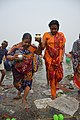 Hindu Devotees Returning After Holy Dip In Ganga - Makar Sankranti Observance - Baje Kadamtala Ghat - Kolkata 2018-01-14 6825.JPG