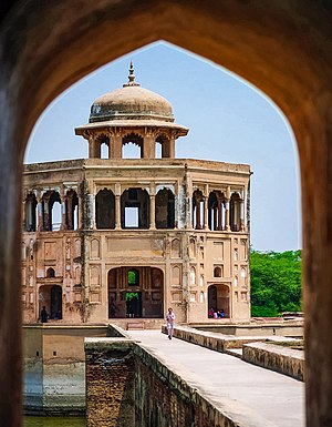 Hiran Minar - The two-storey pavilion is topped by stone chhatri.