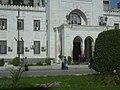 Homs, Vor dem Hotel Safir (37818965775).jpg
