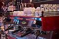 Hotelbar mit La Marzocco Kaffeemaschine - panoramio.jpg