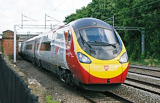A Class 390 Pendolino train Hugh llewelyn 390 010 (6390165407).jpg