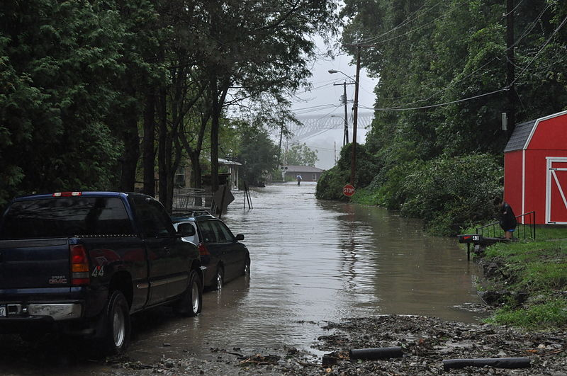 File:Hurricane Irene Highland, NY flooding.JPG