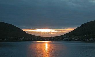 Hvalba - Image: Hvalba sunset, Faroe Islands