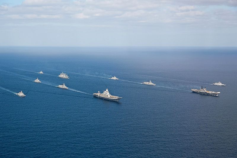 Indian Navy flotilla of Western Fleet escort INS Vikramaditya (R33) and INS Viraat (R22) in the Arabian Sea.jpg