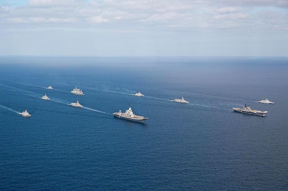 Indian Navy flotilla of Western Fleet escort INS Vikramaditya (R33) and INS Viraat (R22) in the Arabian Sea