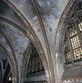 Interieur, overzicht van een gewelf met schilderingen - 's-Gravenhage - 20380049 - RCE.jpg