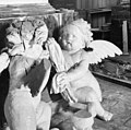 Interieur engelen van het grote grafmonument - Batenburg - 20028266 - RCE.jpg