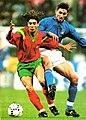 Italia vs Portogallo (Milano, 1993) - Rui Costa e Dino Baggio.jpg