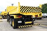 JMSDF Dump Truck(UD Quon, 42-9138) left rear view at Maizuru Air Station May 18, 2019 02.jpg