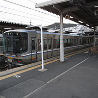 JRW 223-5500 at Sonobe Station 2009-03-28 (3392430940).jpg