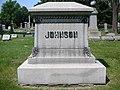 Jack Johnson tomb at Graceland, Chicago.jpg
